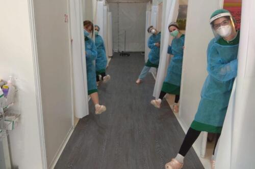 crocs-to-mayanei-hayeshua-medical-team-02