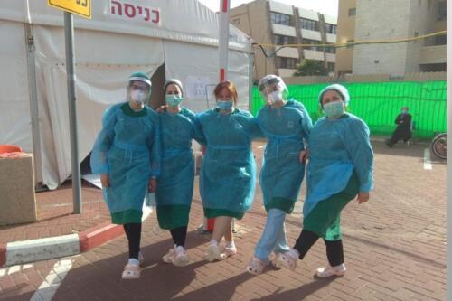 crocs-to-mayanei-hayeshua-medical-team-04